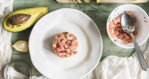 tartare aguacate salmón vieiras